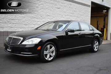 2013_Mercedes-Benz_S550_4Matic_ Willow Grove PA