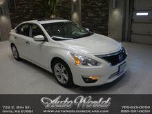 2013_Nissan_ALTIMA SL__ Hays KS