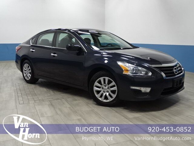 2013 Nissan Altima 2.5 Plymouth WI