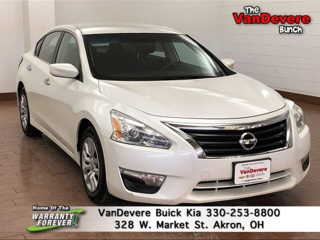 2013 Nissan Altima 2.5 S Akron OH