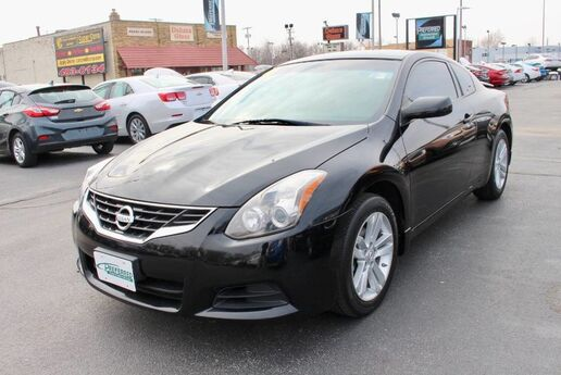 2013 Nissan Altima 2.5 S Fort Wayne Auburn and Kendallville IN