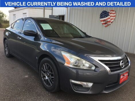 2013_Nissan_Altima_2.5 S_ Mission TX