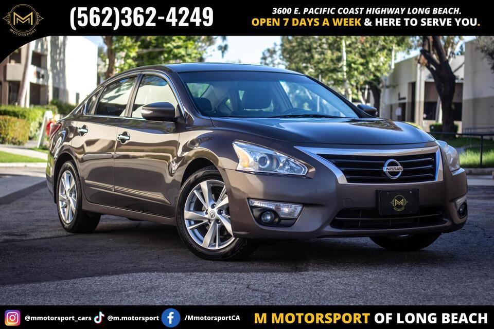 2013_Nissan_Altima_2.5 SL Sedan 4D_ Long Beach CA