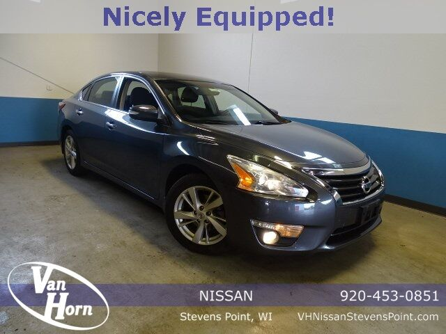 2013 Nissan Altima 2.5 SV Plymouth WI