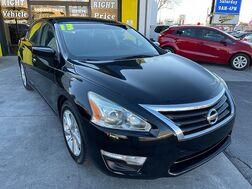 2013_Nissan_Altima_4d Sedan SV 2.5L_ Albuquerque NM