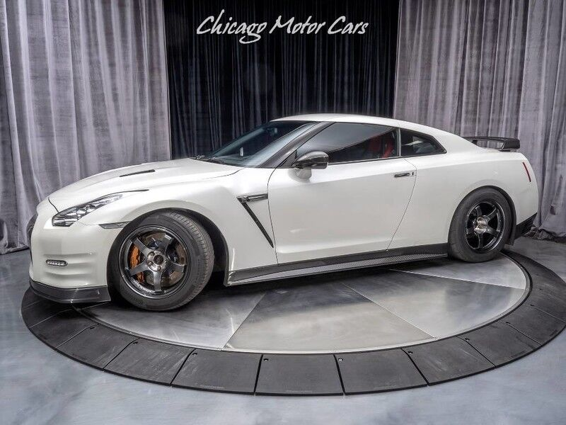 2013_Nissan_GT-R_Black Edition Alpha 12 1300hp_ Chicago IL