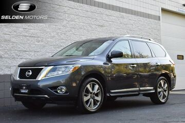 2013_Nissan_Pathfinder_Platinum_ Willow Grove PA