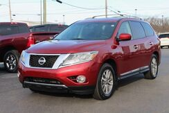 2013_Nissan_Pathfinder_SL_ Fort Wayne Auburn and Kendallville IN