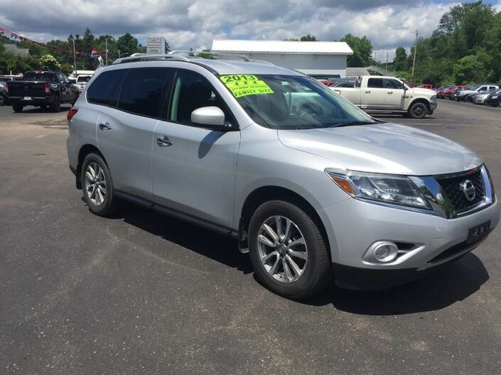 2013 Nissan Pathfinder SV Rock City NY