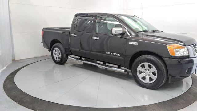 2013 Nissan Titan SV Crew Cab 2WD Dallas TX