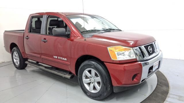 2013 Nissan Titan SV Crew Cab 4WD Dallas TX