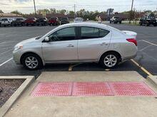 2013_Nissan_Versa_1.6 SL Sedan_ Jacksonville IL