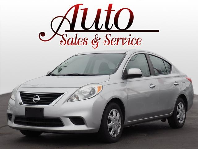 2013 Nissan Versa 1.6 SV Indianapolis IN