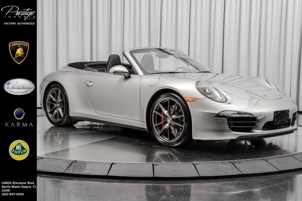 2013_Porsche_911_Carrera 4S_ North Miami Beach FL