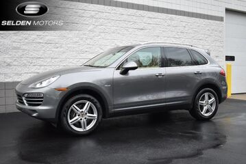 2013_Porsche_Cayenne_Diesel_ Willow Grove PA
