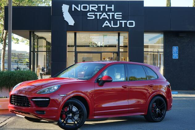 2013_Porsche_Cayenne_GTS_ Walnut Creek CA
