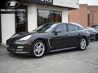 2013_Porsche_Panamera 4_Platinum Edition_ Willow Grove PA