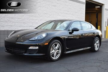 2013_Porsche_Panamera_S Hybrid_ Willow Grove PA