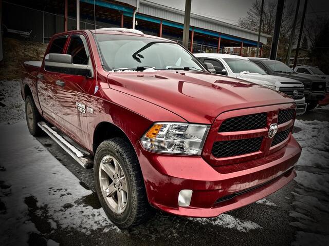 2013_RAM_1500 CREW CAB 4X4_EXPRESS_ Bridgeport WV