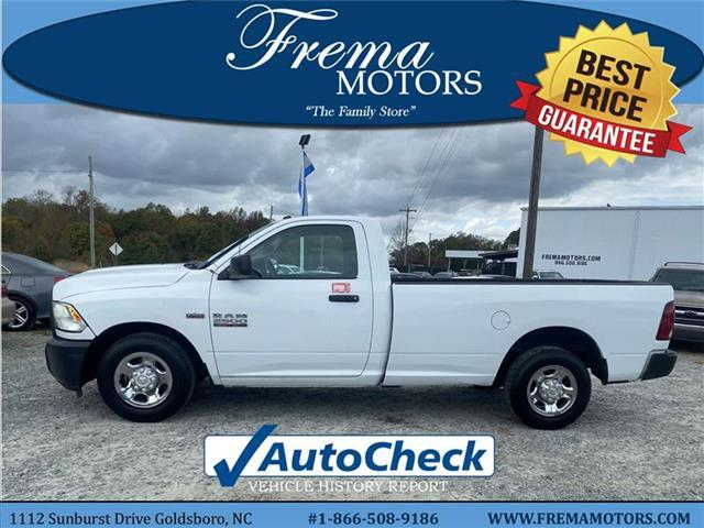 2013 RAM 2500 Tradesman 4x2 Regular Cab 140.5 in. WB