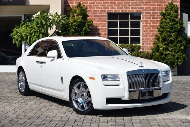 2013_Rolls-Royce_Ghost__ Beverly Hills CA