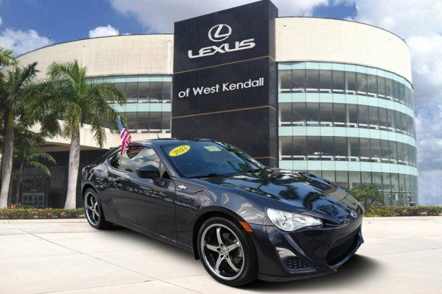 2013_Scion_FR-S__ Miami FL