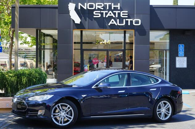 2013_Tesla_Model S__ Walnut Creek CA