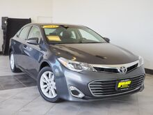 2013_Toyota_Avalon_XLE_ Epping NH