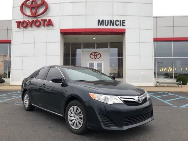2013 Toyota Camry 4dr Sdn I4 Auto LE Muncie IN