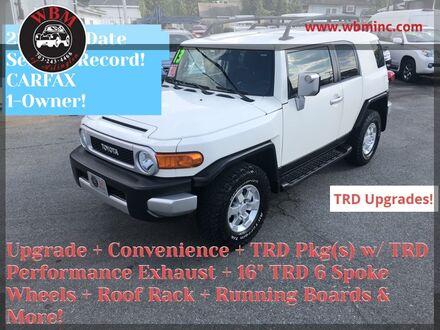 2013_Toyota_FJ Cruiser_w/ TRD Package_ Arlington VA
