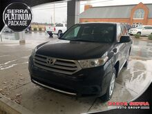 2013_Toyota_Highlander_Plus_ Decatur AL