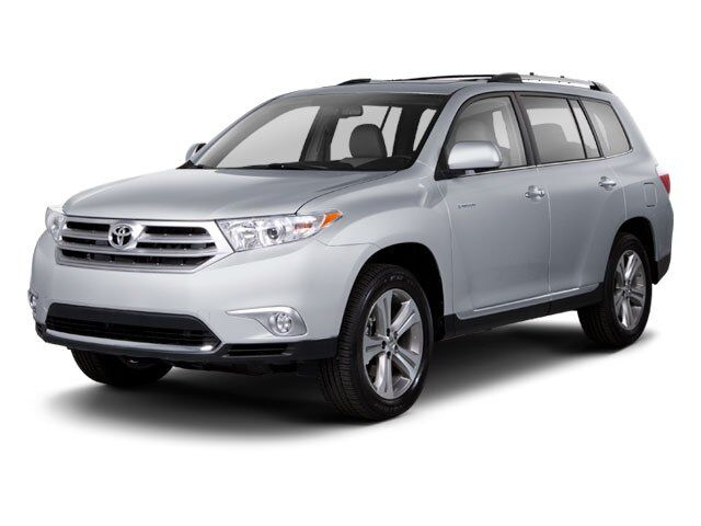 2013 Toyota Highlander Plus FWD Jackson MS