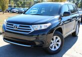 2013 Toyota Highlander w/ LEATHER SEATS & ROOF RACK