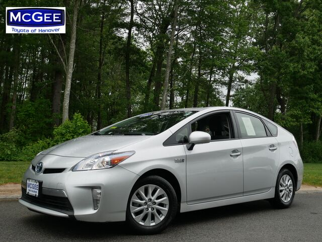 2013_Toyota_Prius Plug-In_5dr HB_ Hanover MA