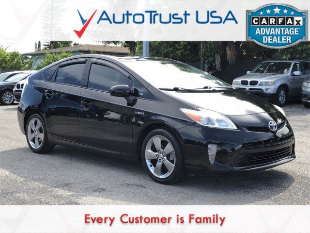 2013 Toyota Prius Three PERSONA NAV BACKUP CAM LEATHER PUSH START Miami FL