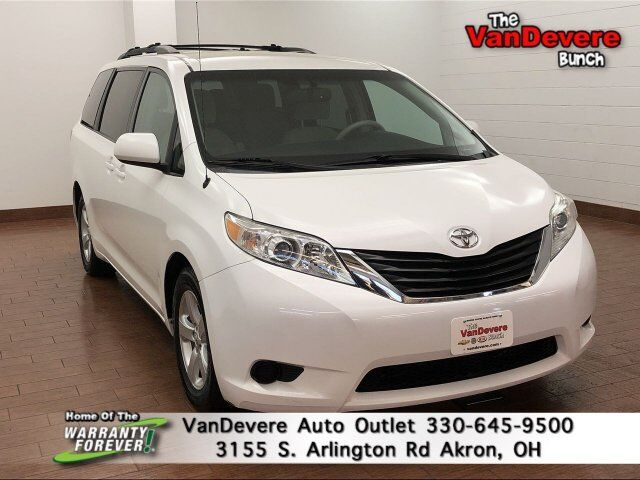 2013 Toyota Sienna LE Akron OH