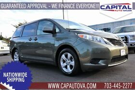2013_Toyota_Sienna_LE_ Chantilly VA