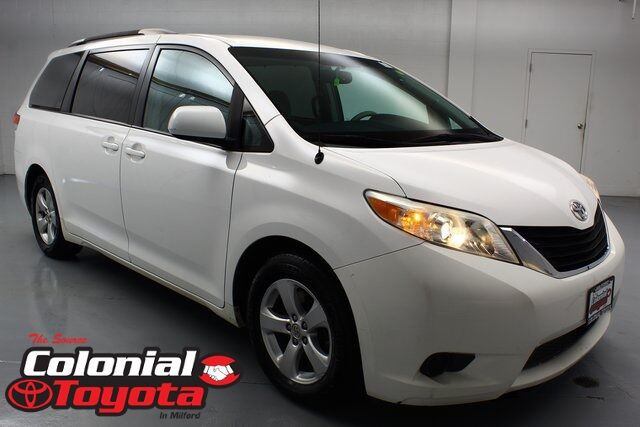 2013 Toyota Sienna LE Milford CT