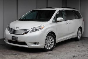 2013_Toyota_Sienna_LIMITED AWD_ Akron OH