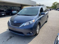2013_Toyota_Sienna_XLE_ Cleveland OH