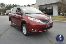 2013 Toyota Sienna XLE FWD 8-Passenger V6 Conyers GA