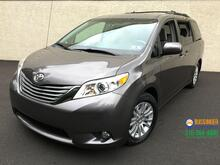 2013_Toyota_Sienna_XLE_ Feasterville PA