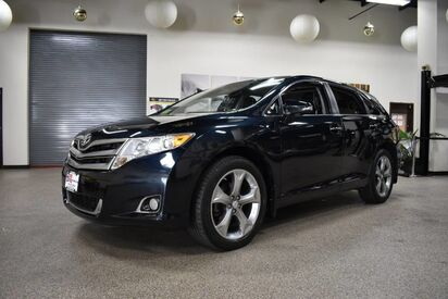 2013_Toyota_Venza_XLE_ Boston MA