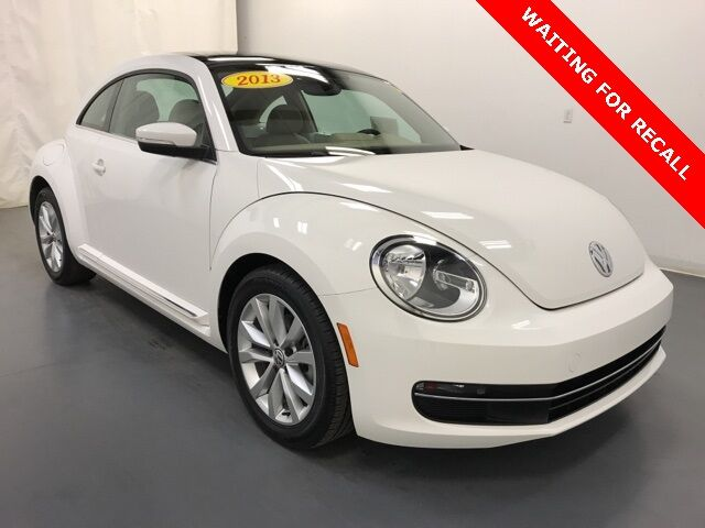 2013 Volkswagen Beetle 2.0 TDI Sunroof/ Sound/ Nav Holland MI