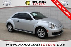 2013_Volkswagen_Beetle_2.5L Entry_ Milwaukee WI
