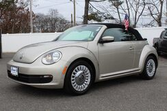 2013_Volkswagen_Beetle Convertible_2.5L w/Tech_ West Islip NY