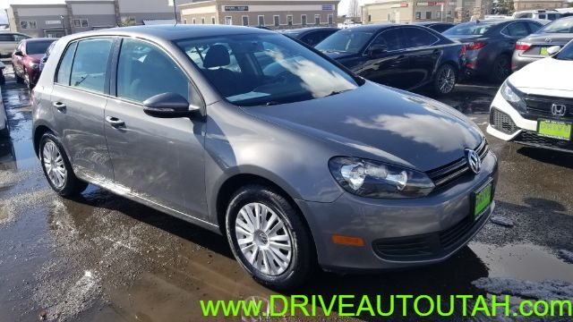 2013 Volkswagen Golf 2.5L Conv & Sunroof 4 Door PZEV