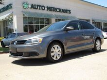2013_Volkswagen_Jetta_SE LEATHER SEATS, USB/AUX INPUT, CLIMATE CONTROL, POWER WINDOWS, CRUISE CONTROL_ Plano TX