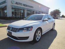 2013_Volkswagen_Passat_2.0L TDI SE AT_ Plano TX