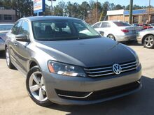 2013_Volkswagen_Passat_SE - w/ NAVIGATION & LEATHER SUNROOF**_ Lilburn GA